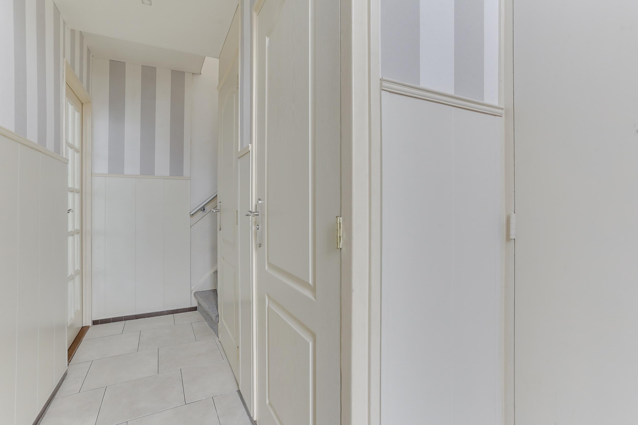 Emejing Plintverwarming Woonkamer Pictures - House Design Ideas 2018 ...