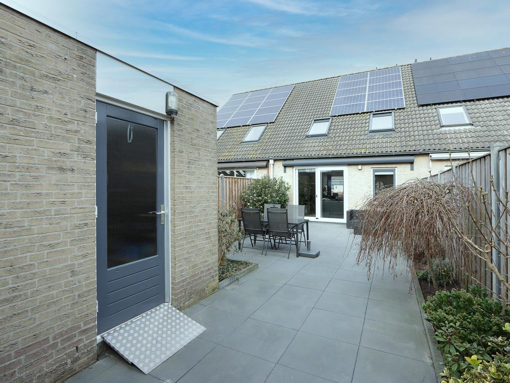 Lotusbloemweg 104, Almere