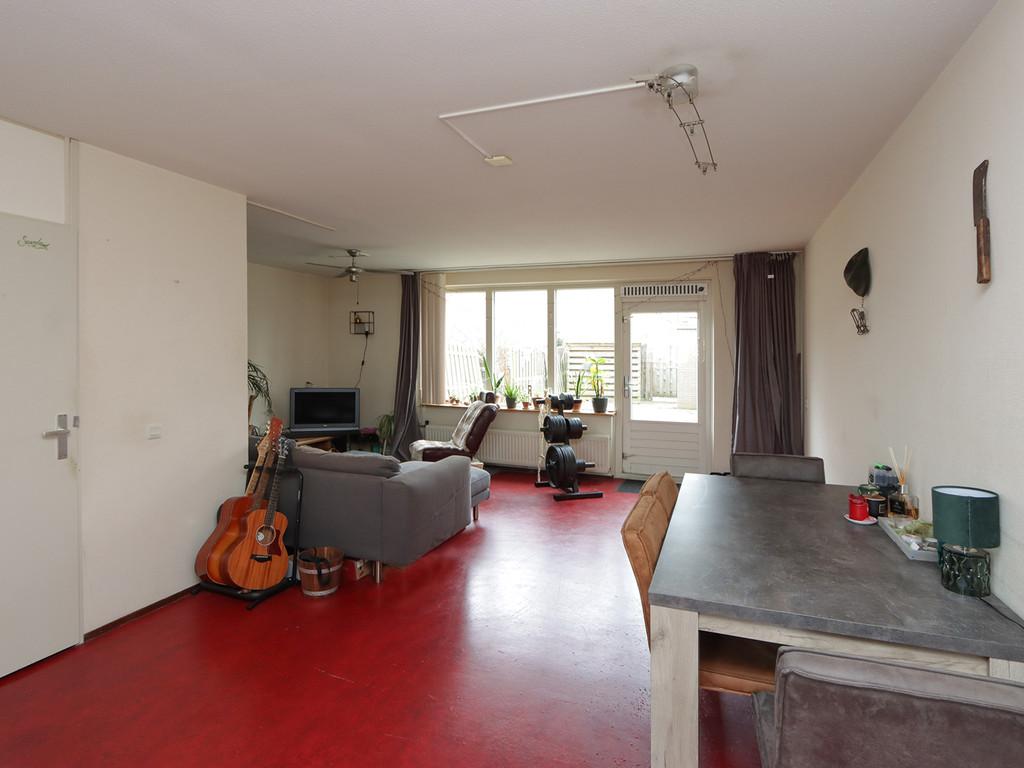 Venloweg 66, Almere