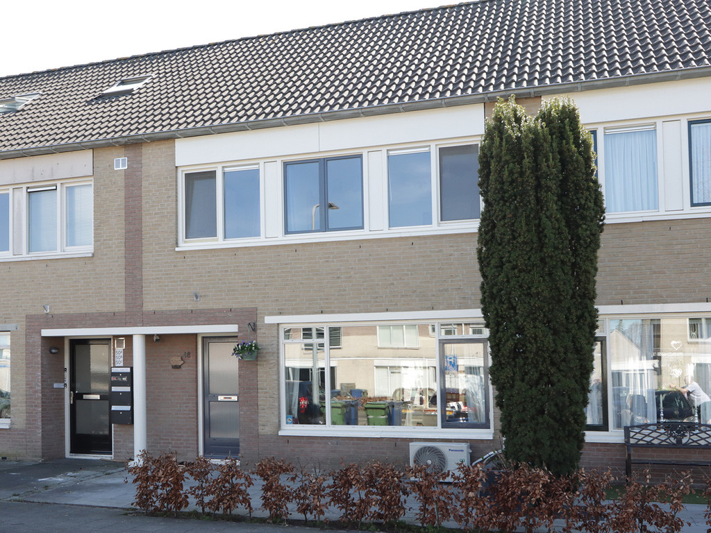 Lotusbloemweg 48, Almere