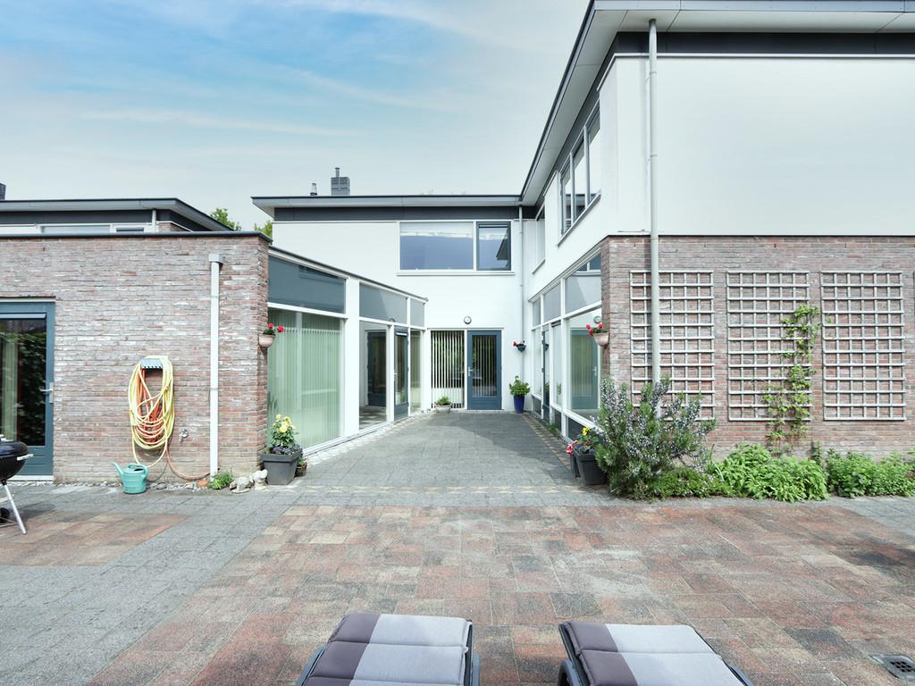 Hanzeweg 8, Almere