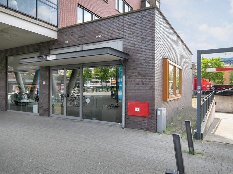 Laan van Bol'Es 17, Schiedam