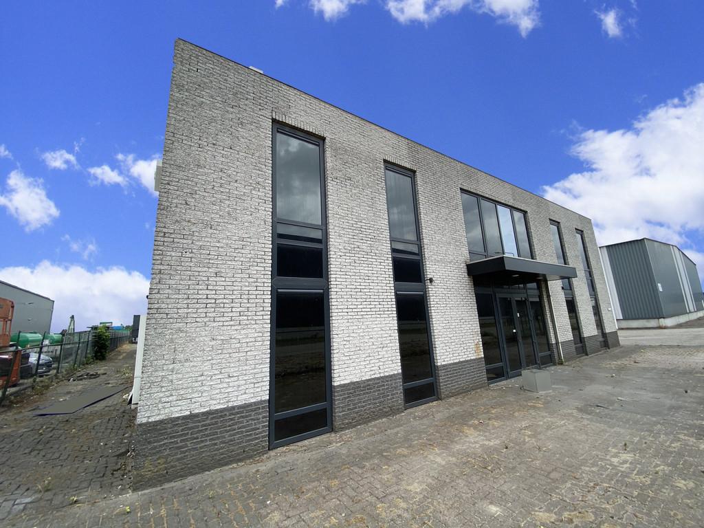 Rederijweg 25, Oosterhout