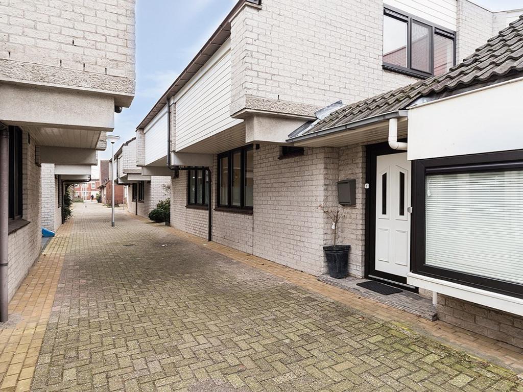 Sara Burgerhart Erf 47., Capelle aan den IJssel - Makelaar Capelle ...