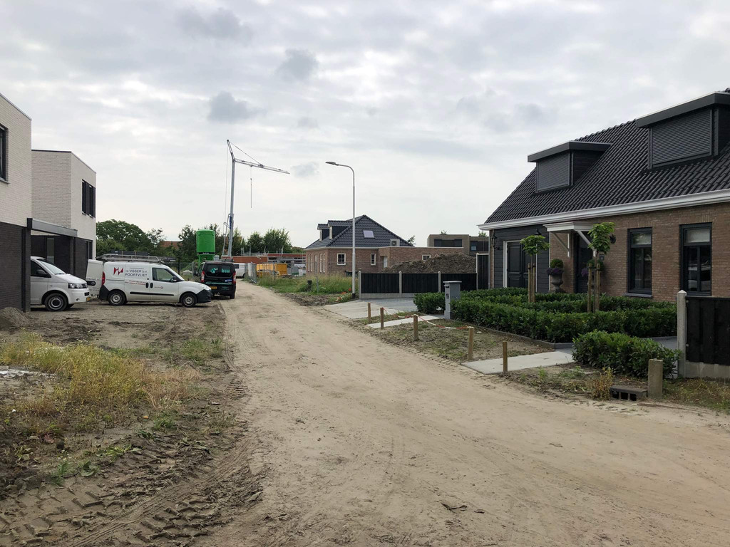 Kromsteven (tweekapper met garage), Sint-Annaland
