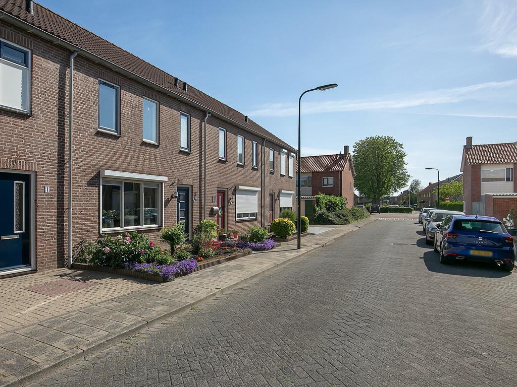 Raiffeisenstraat 3, Sint-Annaland