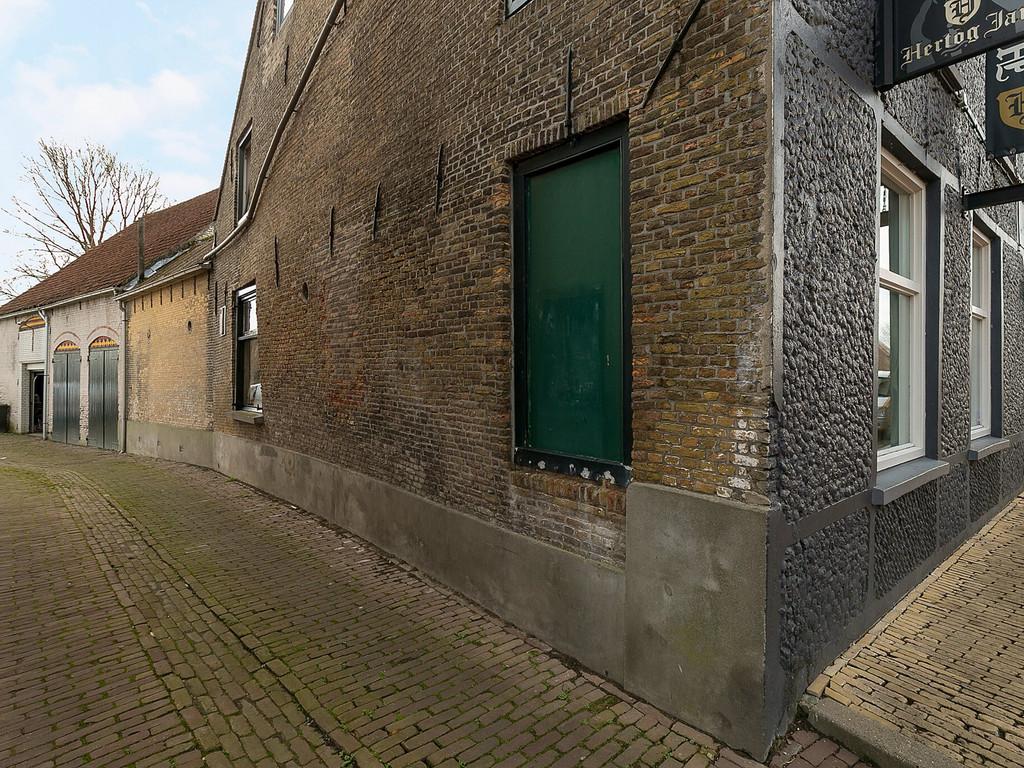 Markt 19, Poortvliet