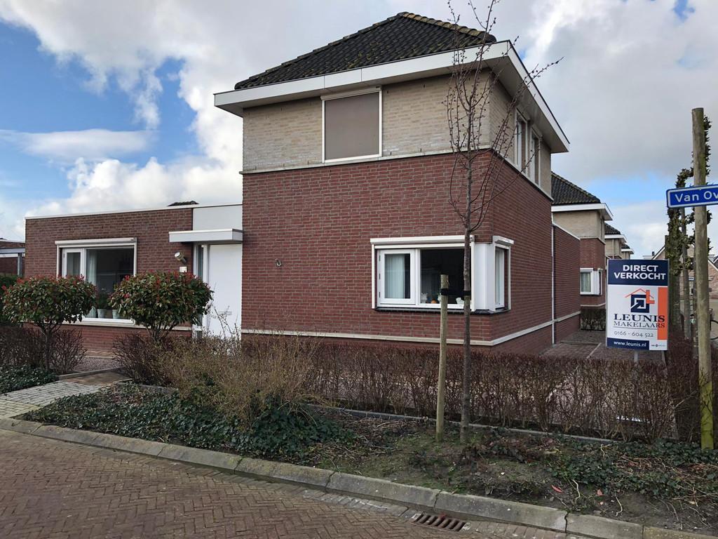 Van Overveststraat 3, Oud-Vossemeer
