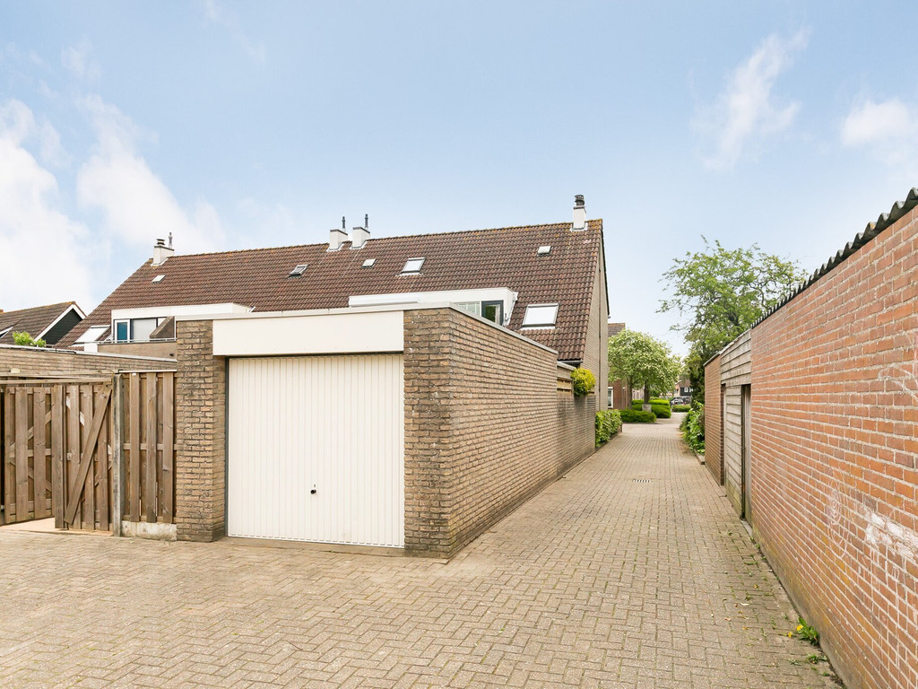 Kuipersdreef 10, Tholen