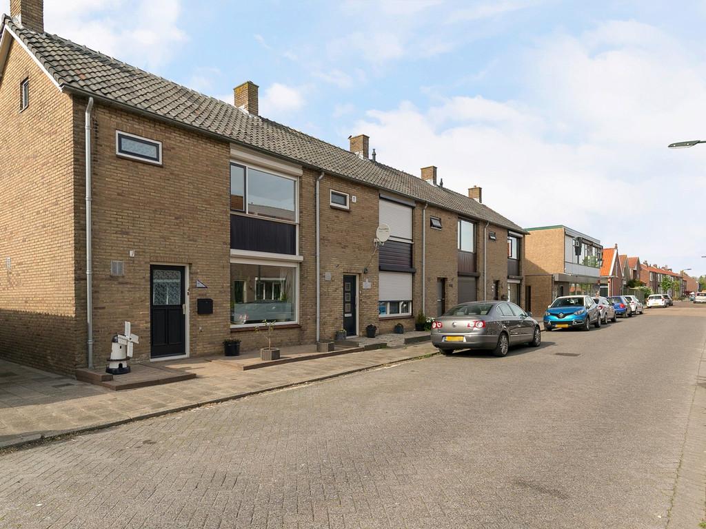 Raiffeisenstraat 10, Sint-Annaland