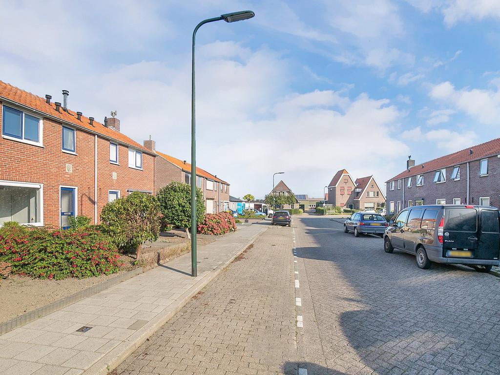 Bou Kooijmanstraat 29, Oud-Vossemeer