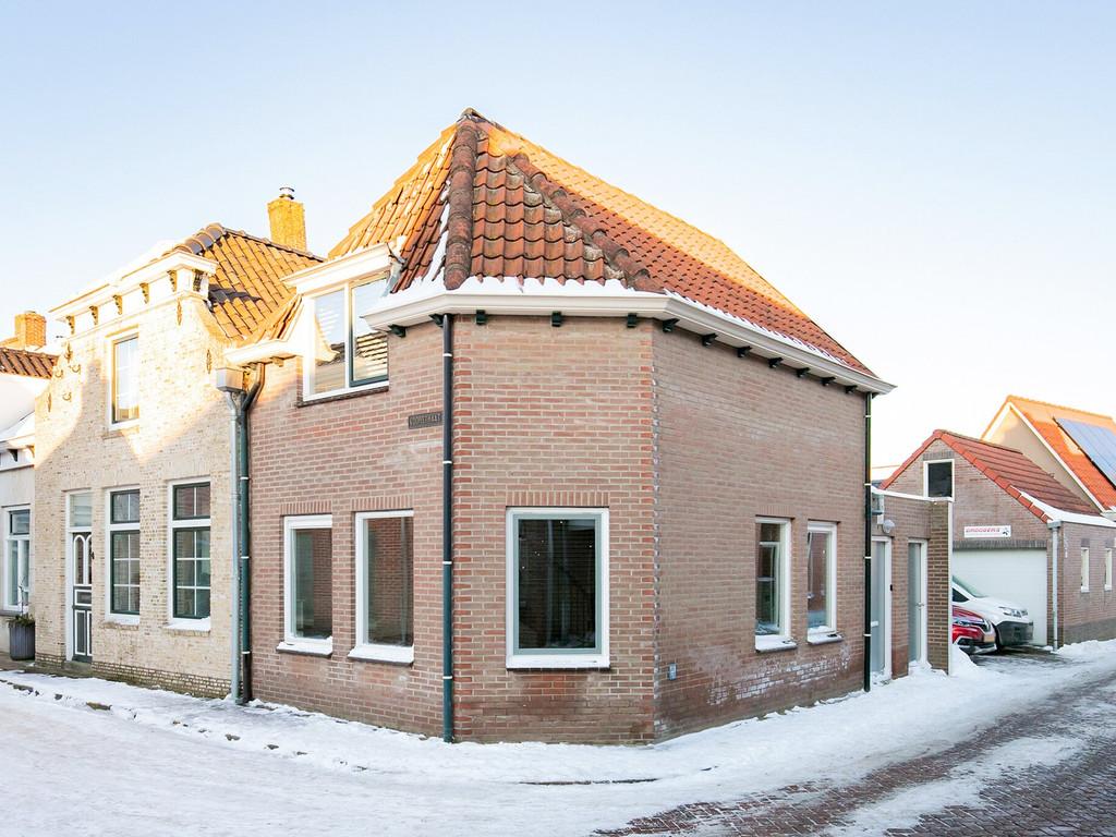 Raadhuisstraat 15a, Oud-Vossemeer