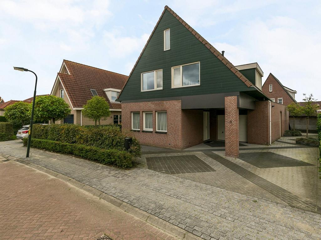 Van Zeylstraat 5, Oud-Vossemeer
