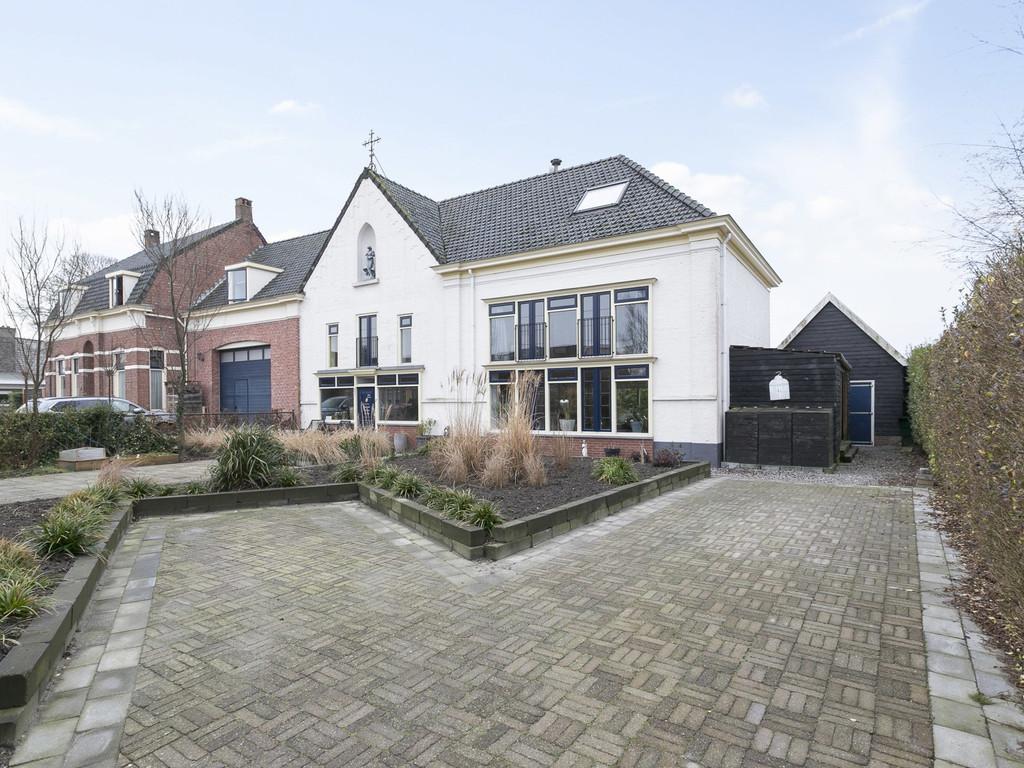 Dorpsweg 17, Oud-Vossemeer
