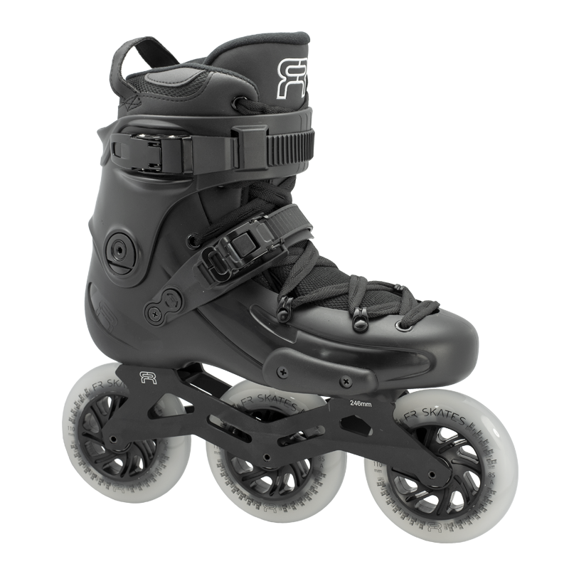 FR2 310 Black - Tri Skates