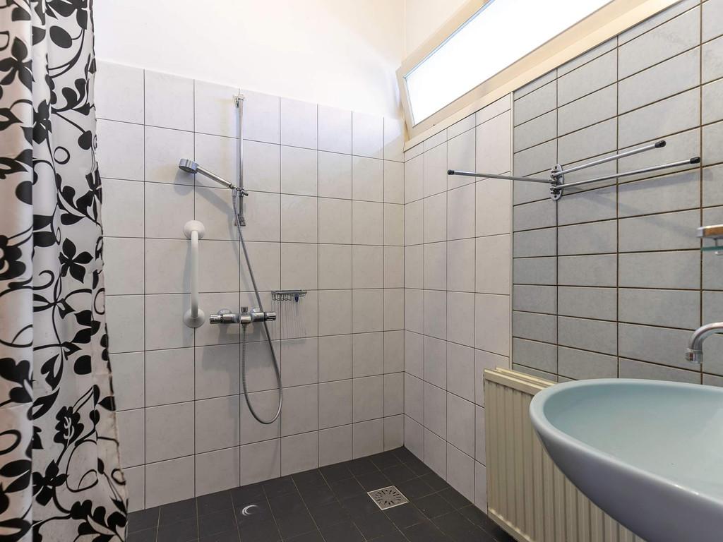 Dorpsstraat 82, GIESSENBURG