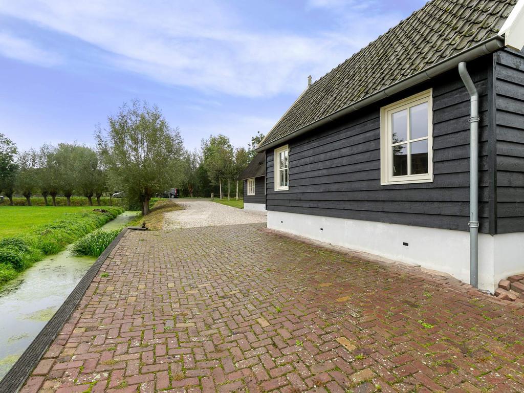 Oudkerkseweg 4, Giessenburg
