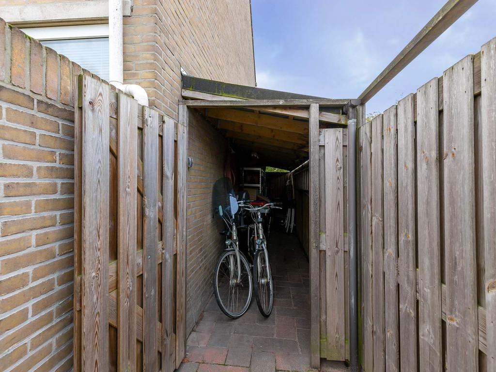 Arent van Gentstraat 2, Giessenburg