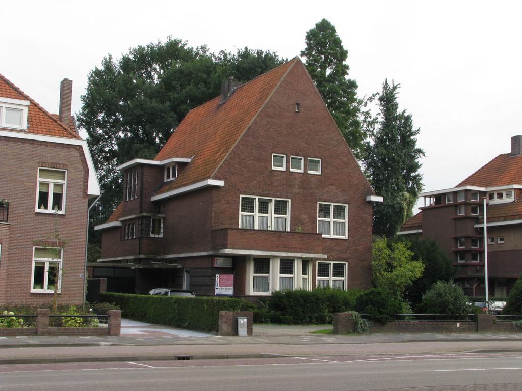 Burgemeester van Rijnsingel 20B, Venlo