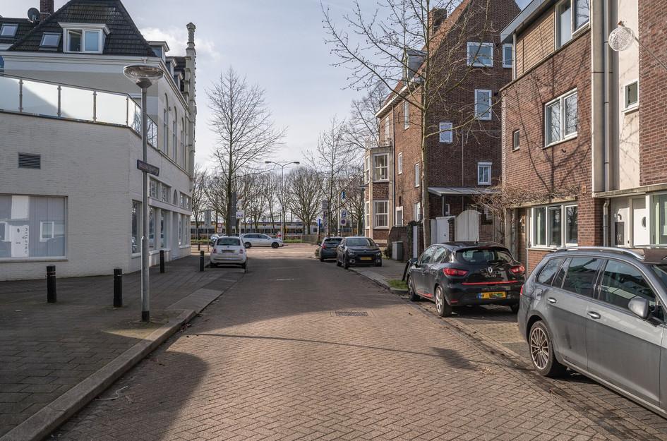 Engeliena Schaapstraat 16