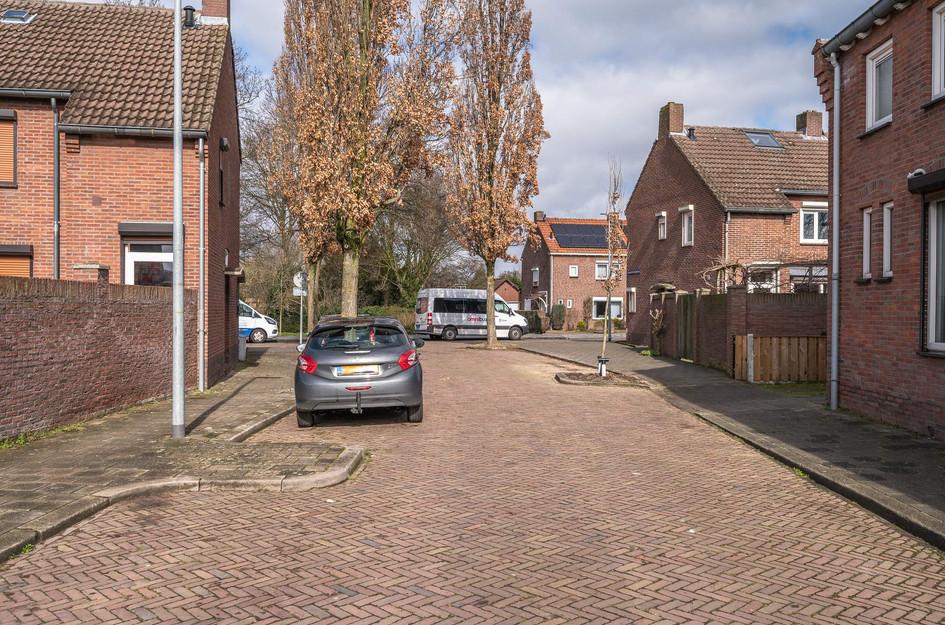 Burgemeester Peetersstraat 4