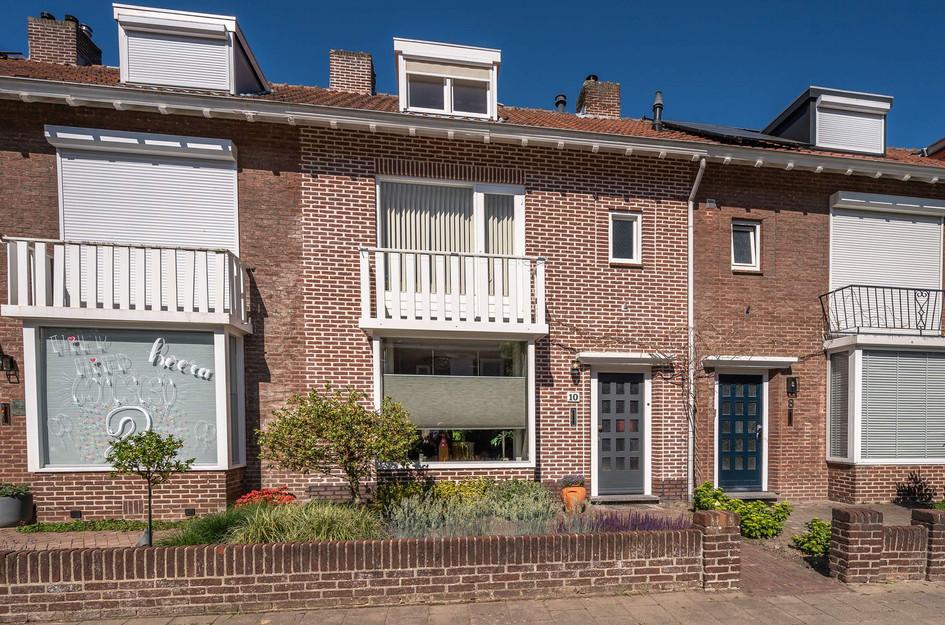 Oranjestraat 10