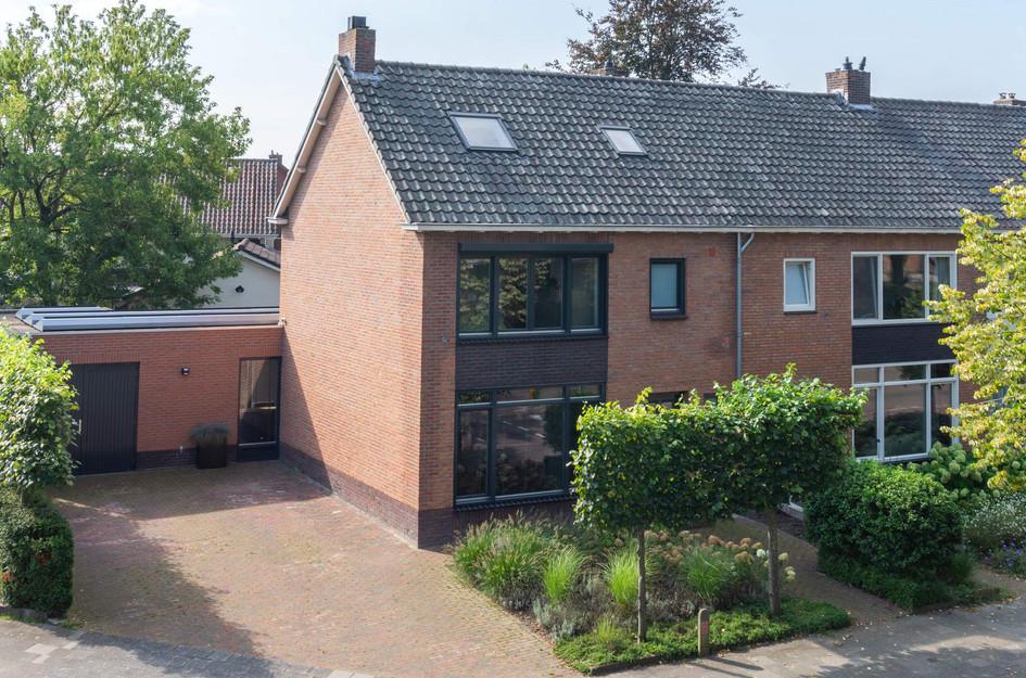 Karel van Egmondstraat 16