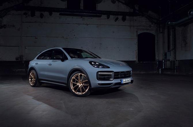 Nieuwe topsporter van Porsche: de Cayenne Turbo GT
