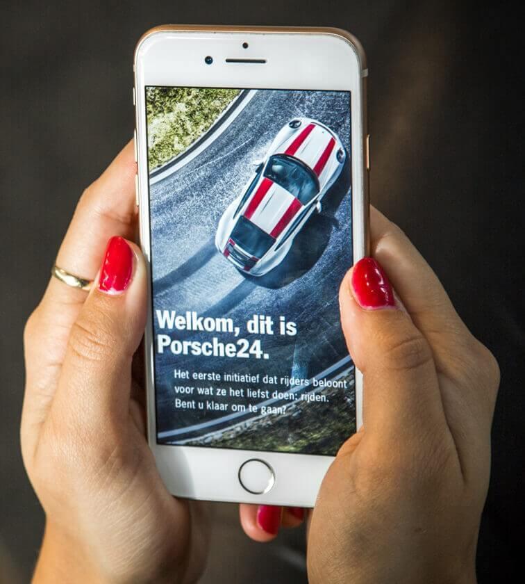 Altijd op de hoogte blijven? Download Porsche24