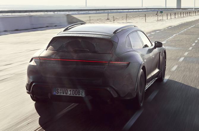 Testprogramma nieuwe Porsche Taycan Cross Turismo