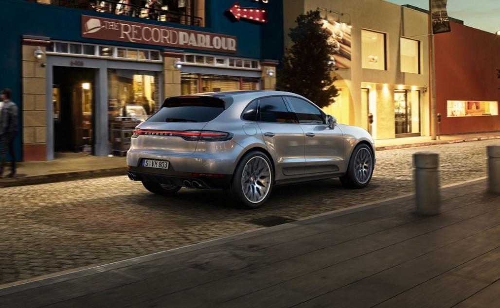 Introductie Macan en Porsche Centrum Twente Kerstfair | Zaterdag 08 december van 10.00 - 17:00 uur