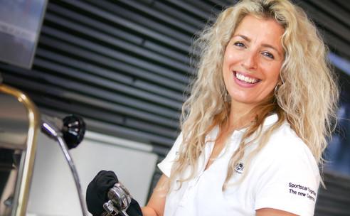 Desiree start nieuw avontuur bij Porsche
