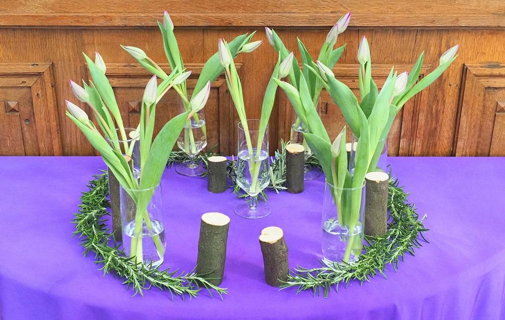 Zesde liturgische bloemschikking in de 40-dagentijd