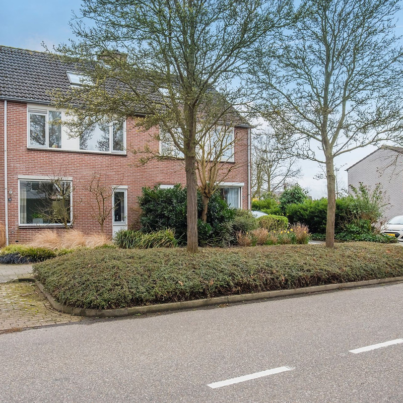 Elstarstraat 48, Kapelle