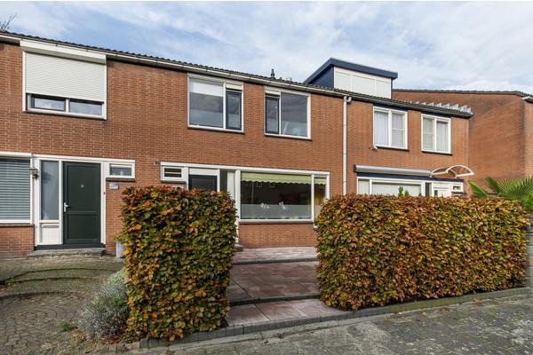 W.H. Vliegenstraat 174, Zwijndrecht