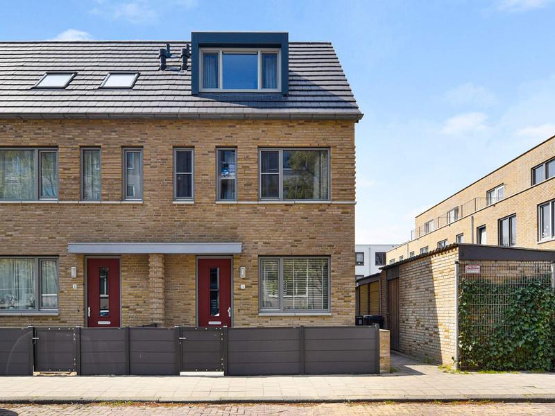 Van der Zaanstraat 1, Dordrecht