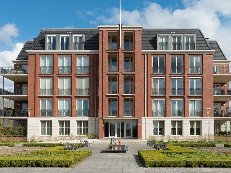 Hovenlaan 77, Dordrecht