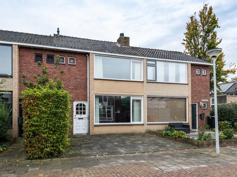 Reviusstraat 4, Papendrecht
