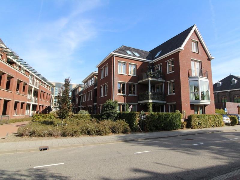 Rotterdamseweg 79B, Zwijndrecht
