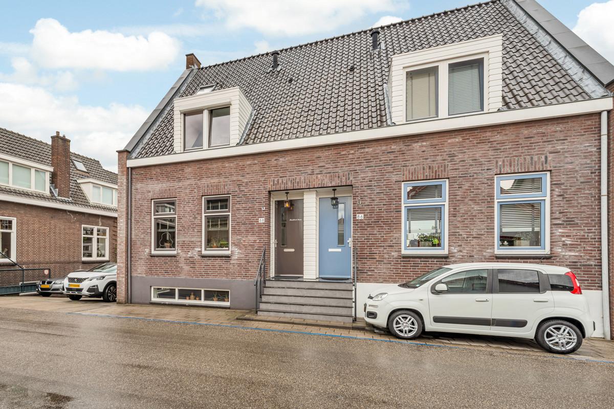 Westeind 88, Papendrecht